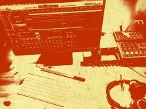 Versuchsaufbau: Röhrenvorverstärker von Mindprint, Soundkarte von Elroy, Mac, Logic.