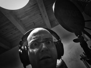 Unheimlicher Klang: Johannes kann kaum glauben, was er da singt.