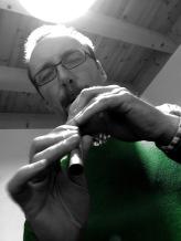 Flötentöne: Matthias hat vor drei Wochen eine Flöte gekauft.